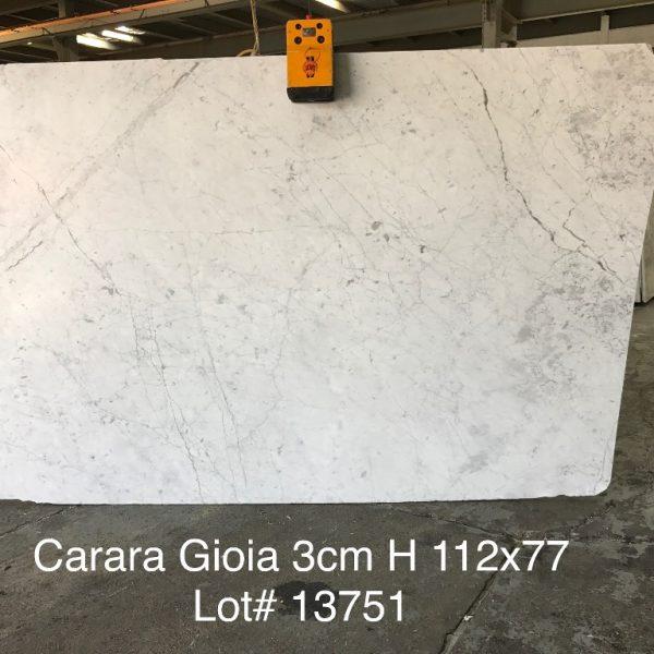 Carara gioia 3cm absolute kitchen granite for Carrara marble slab remnants
